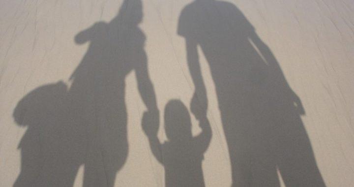 family-492891_1280-740x493