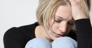 la-solitudine-del-post-aborto-prendersi-cura-delle-donne-ferite